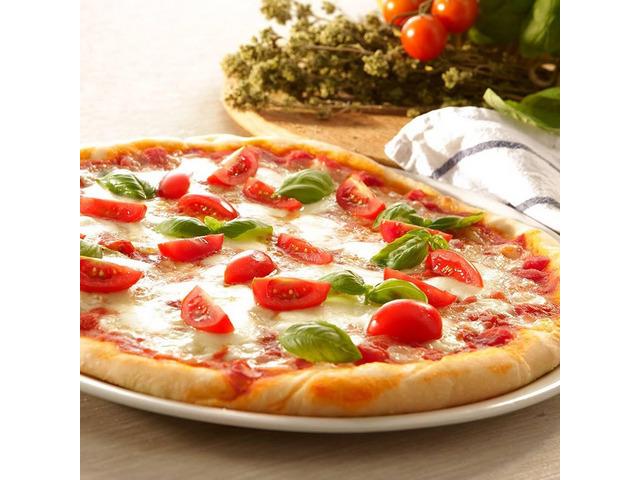 Hot Pan Pizza's  20%  0FF @ Hindmarsh Pizza Bar - 1