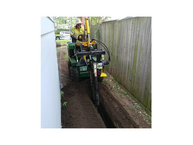 Trenchers Sharp Trenching Projects - Rogers Little Loaders. - 2