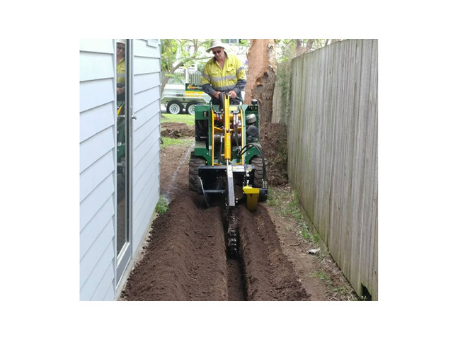 Trenchers Sharp Trenching Projects - Rogers Little Loaders. - 5
