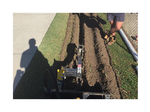 Trenchers Sharp Trenching Projects - Rogers Little Loaders. - 6