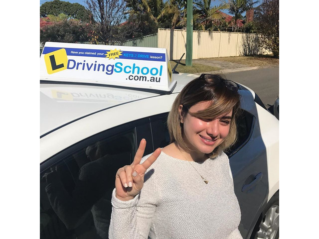 Save Up to $15 on the First Driving Lesson- L Driving School | Call : 0437 483 567 - 4