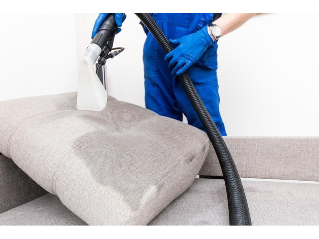 Cairns Carpet Cleaning - 2