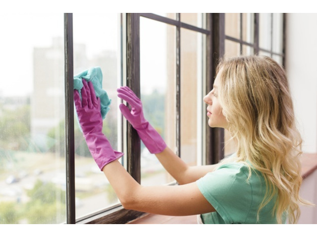 See off Shabby Windows! Bring Their Old Sheen Back! | Call : 0410 044 848 - 4
