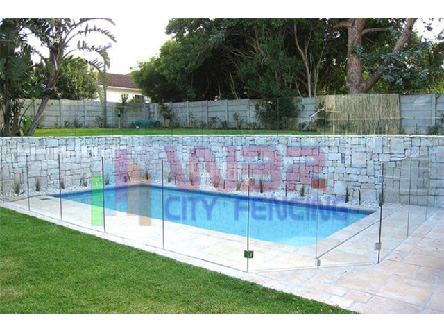 Want sturdy glass pool fencing for your property? Contact us today! - 1