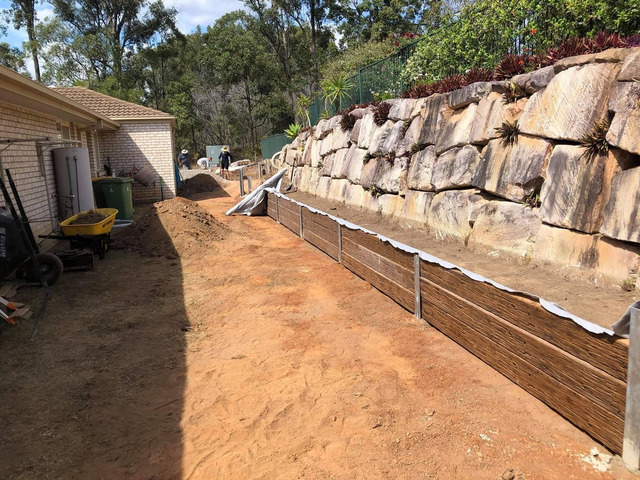 Concrete sleeper retaining wall - Front. - Rogers Little Loaders - 8