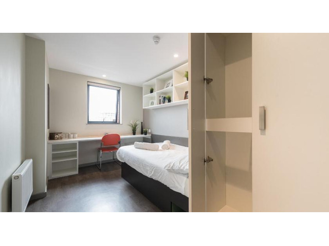 Best Student Accommodation Cairns - 1
