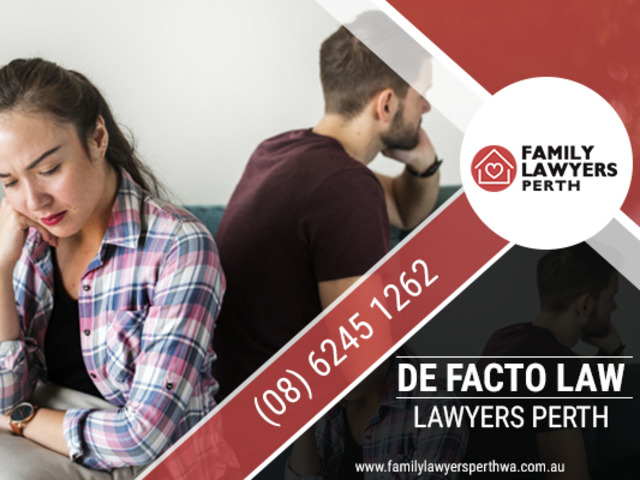 Receive de facto related advice from family lawyers - 1