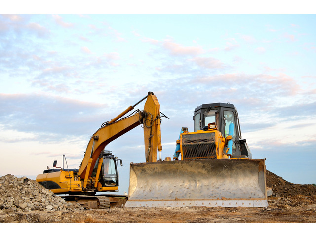 Hire Professional and Reliable Earthmoving and Excavation Contractor - 1