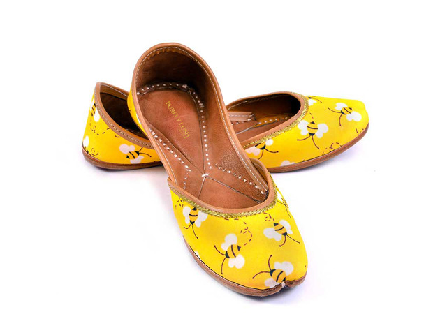 Purely Lush | Buy Handcrafted Ladies Juttis & Kolhapuri Chappals Online - 1