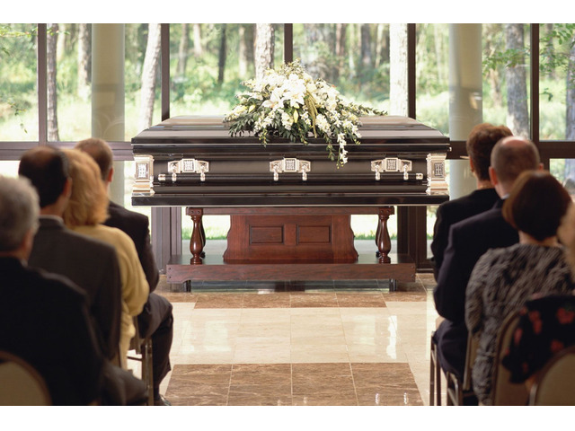 Best Cremation With a Viewing Funeral - Eternal Funeral - 1