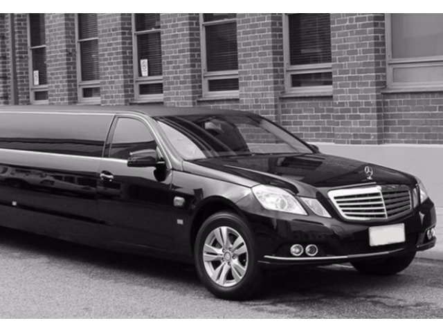 Find Full Relaxation While Hiring Sydney Limo Service - Let it ride Shuttle - 1