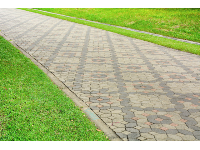 Get the certified paving services at Well Laid Paving. - 1