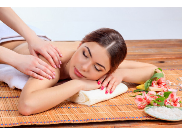 Book Accredited Soft Tissue Therapist for Complete Well Being - 3