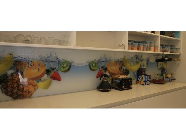 Install Impressive Kitchen Splashback & Create the Right Ambience - 1