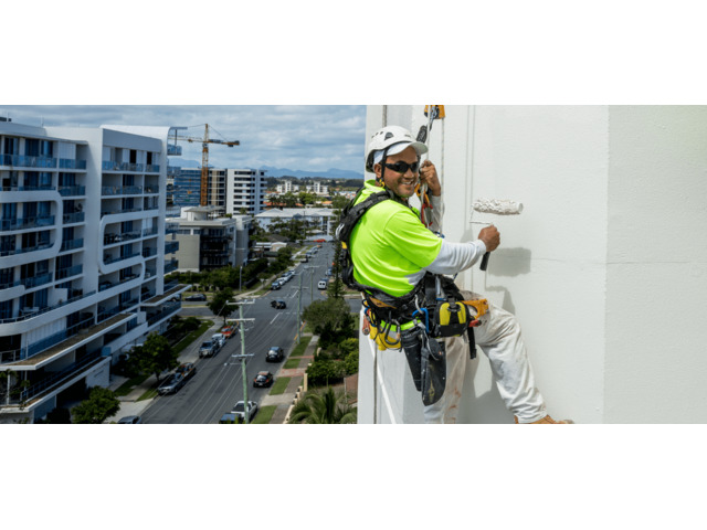 Trained and Qualified Abseil Painters Service Gold Coast - 2
