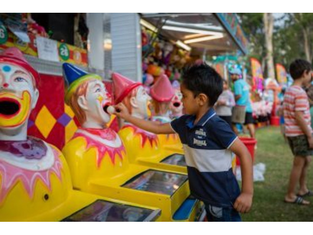 Bring out Your Inner Child with Carnival Games and Giant Game for Hire in Sydney - 2