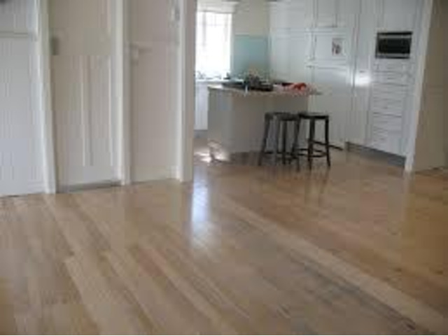 Staining Timber Floors - Ph. 0738572571 - 1