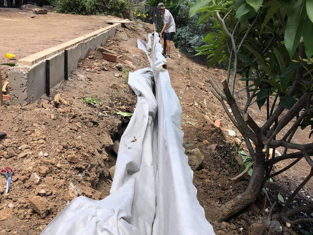 Retaining wall replacement and turf - 3