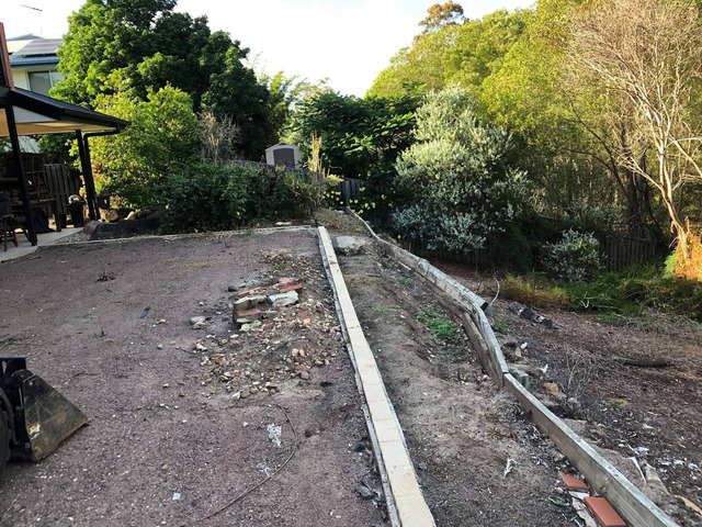 Retaining wall replacement and turf - 6