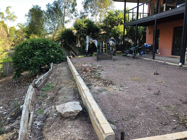 Retaining wall replacement and turf - 8