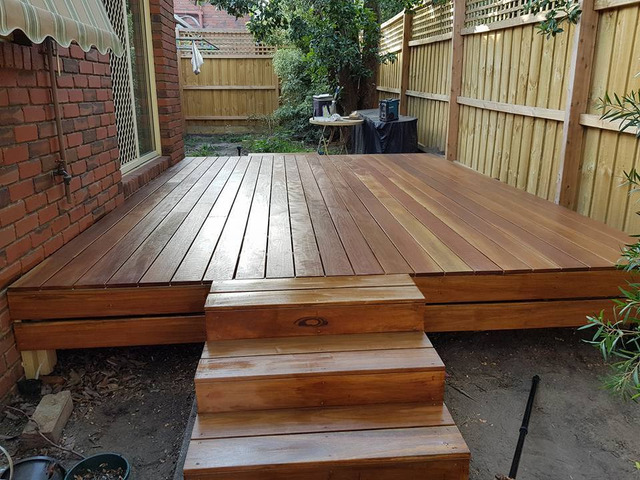 Can't find the right decking services in Melbourne? - 1