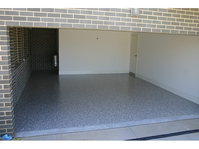 High-Quality Garage Flooring in Melbourne by Certified Professionals - 1