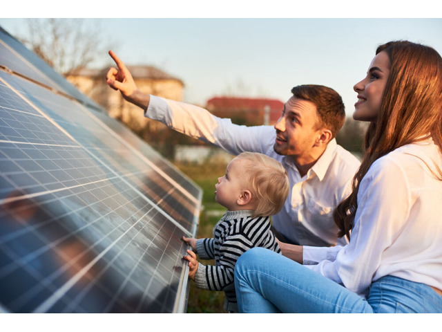Solar for Business: 5 Smart Reasons to switch to solar and protect your bottom line - 1