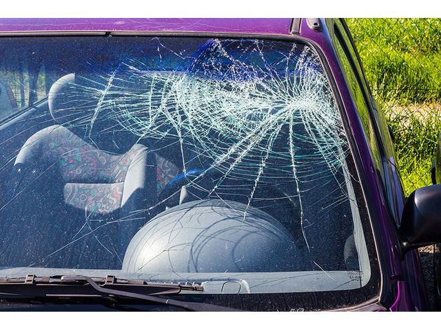 Avoid The Risk! Know If You Can Drive With Windscreen Damage or Not! - 1