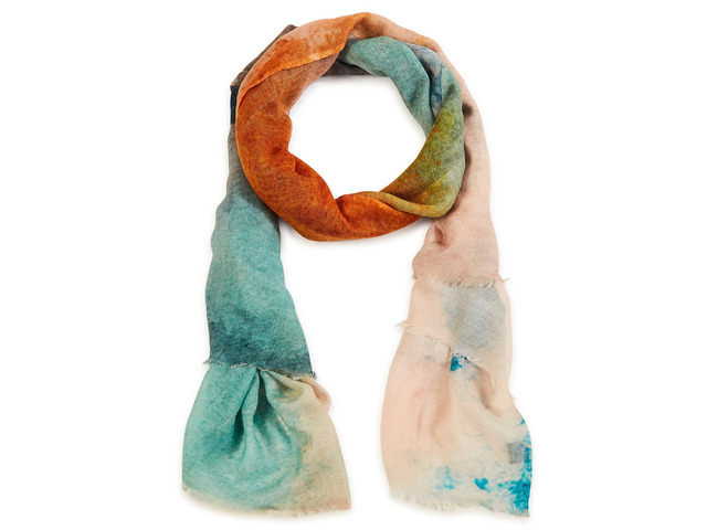 Complete Your Look with the Best Women Scarves - 2