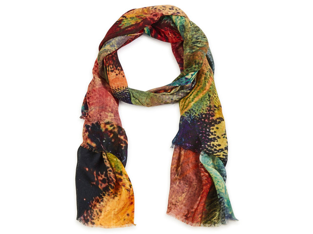 Complete Your Look with the Best Women Scarves - 4