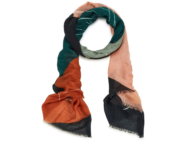 Complete Your Look with the Best Women Scarves - 5