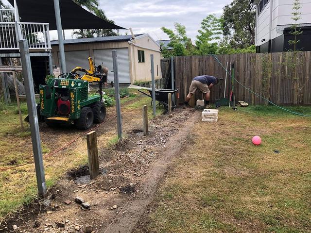 Retaining wall garden bed - 5