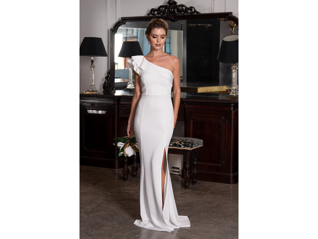 Buy Formal Dresses at Best Prices - Model Chic - 1
