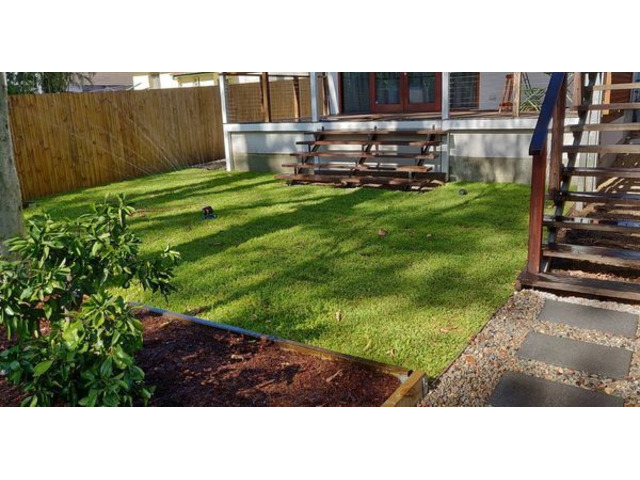 Landscaping in Lots - Turfing and gardens - 4