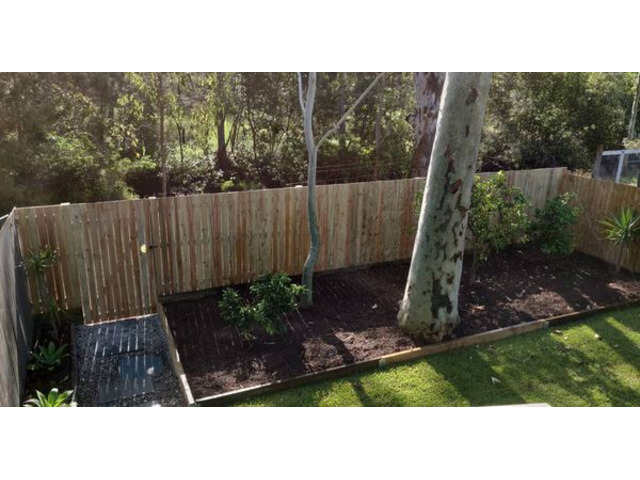 Landscaping in Lota- Fencing - 2