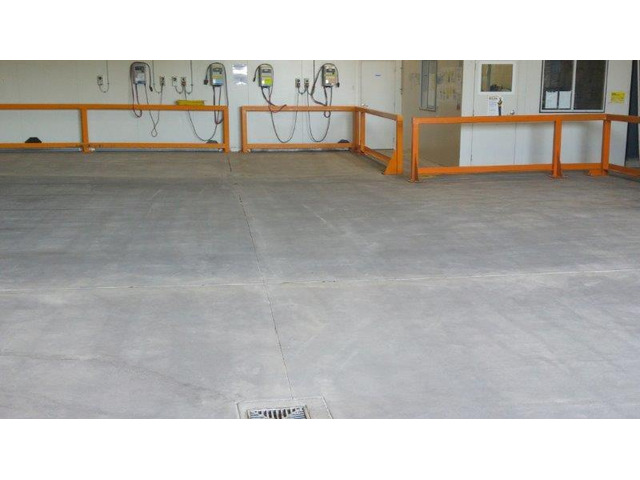High Pressure Cleaning Services - 1