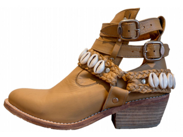 Cowrie Boot    Tirzart Boutique - 2