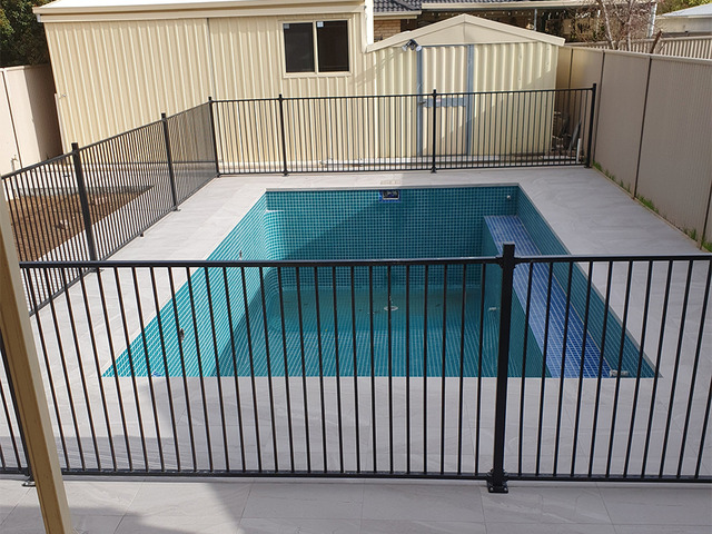 Hire the Best Concrete Pool Builder in Adelaide - 1