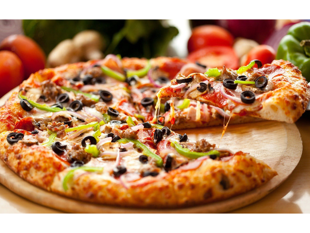 Hungry ?? Get 5% off @ 22 pizza joint- Broadbeach, QLD - 1