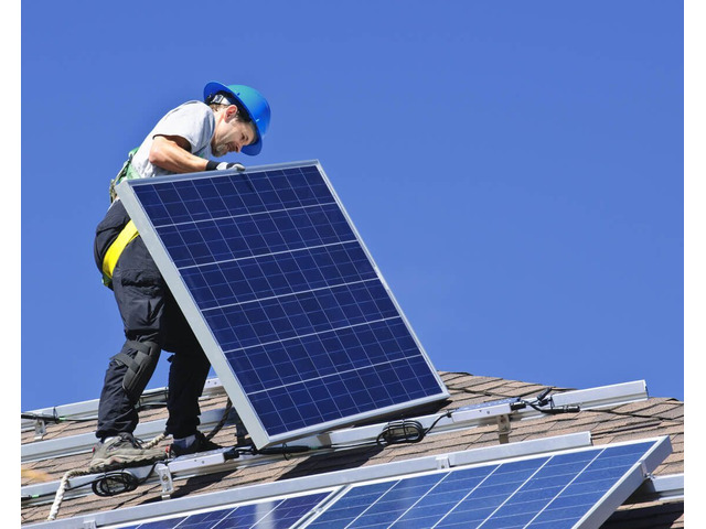 Professional Solar Panel Cleaning Service in Brisbane - 2