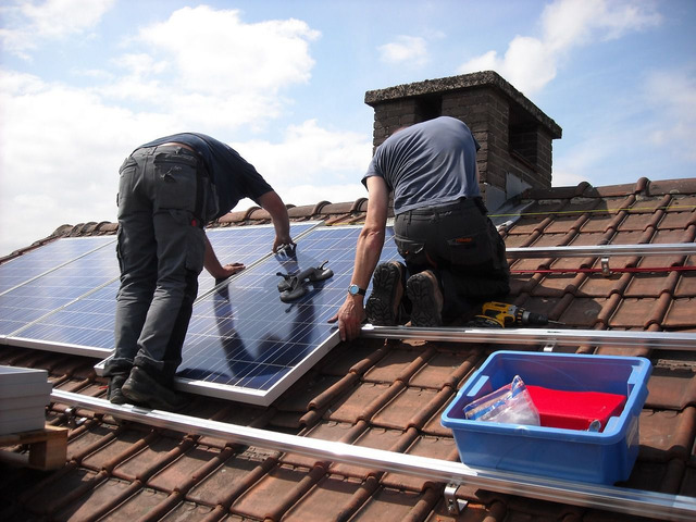 Professional Solar Panel Cleaning Service in Brisbane - 3