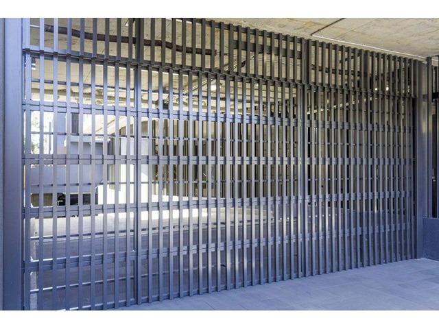 Garage Door Motor Replacement - Genie Garage Doors - 1