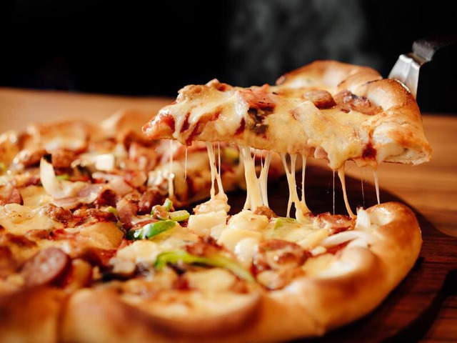 Hungry ?? Get 5% off @ Naples Pizzeria - Grange, QLD - 1
