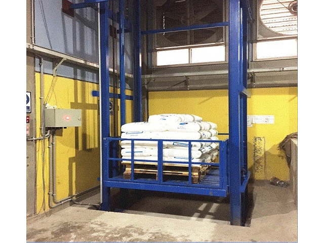 Customized Hydraulic Freight Elevator for Sale - 1