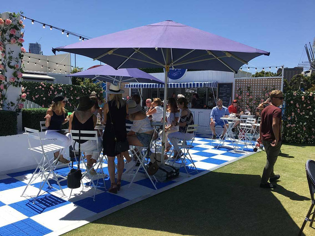 Are you looking for hiring party marquees? Contact Instant Marquees today - 1