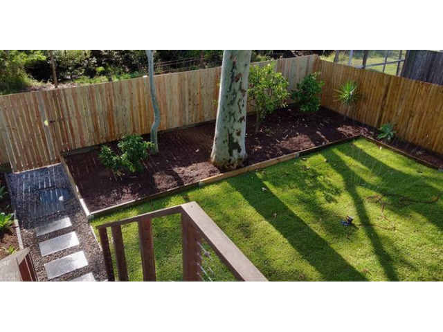 Landscaping in Lots - Turfing and gardens - 2