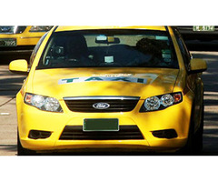 Want to Hire a Luxurious Taxi Service to Melbourne Airport?