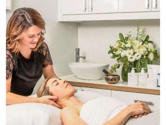 Trustworthy Beauty Salon in Brisbane - Visit The Facial Hub! - 2