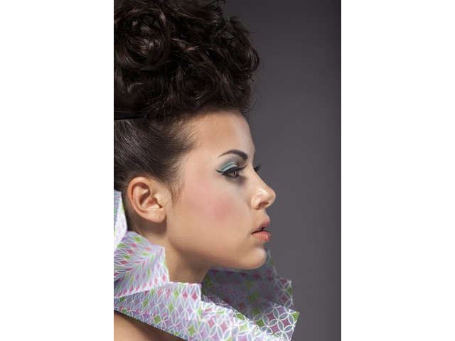 Get an Attractive Look at Manipulate Hair Studio - 2