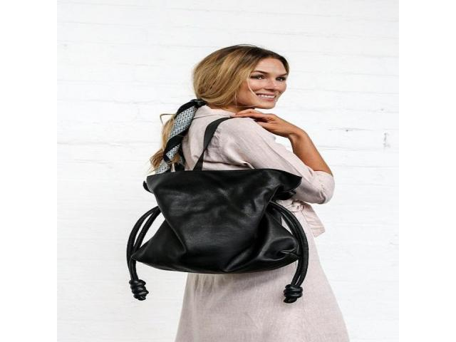 Browsing for Wholesale Leather Bags? - 1
